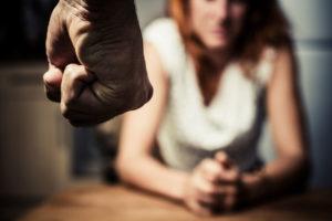 Муж бьет жену: решение есть — не надо терпеть