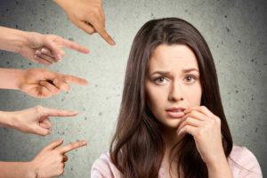 Злые люди и критиканы: почему они опасны?