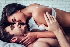 Как стать идеальной любовницей для собственного мужа?