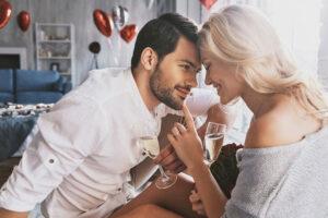 Узнайте, как вернуть страсть в отношения с мужем. Сильнее приворота!