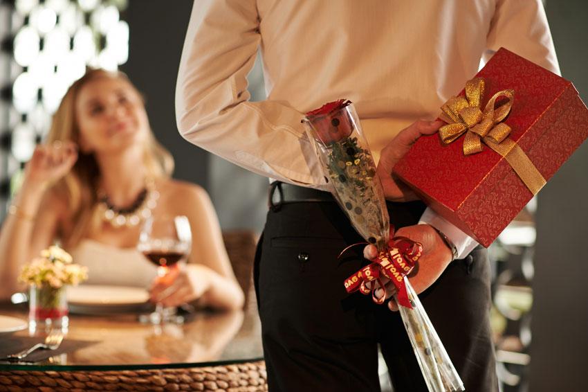 как получить подарок от мужчины